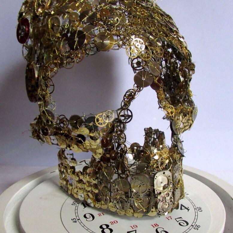 cog and sequine skull
